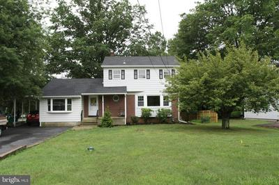 223 PENNINGTON LAWRENCEVILLE RD, PENNINGTON, NJ 08534 - Photo 2