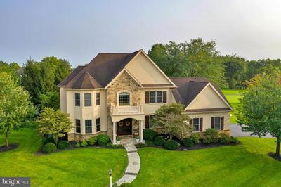 16 PINNACLE PT, LITITZ, PA 17543 - Photo 1