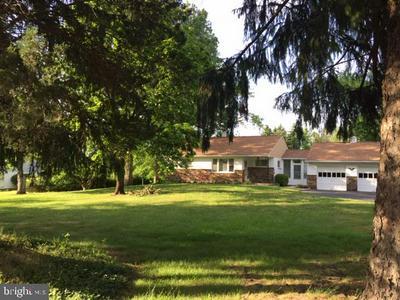 2655 HEDRICK RD, Harleysville, PA 19438 - Photo 1
