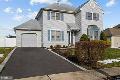 5 FOXFERN DR, FAIRLESS HILLS, PA 19030 - Photo 2