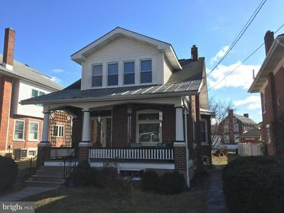 132 COLLEGE ST, BOYERTOWN, PA 19512 - Photo 1