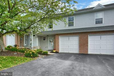 1992 DAYBREAK CIR, Harrisburg, PA 17110 - Photo 2