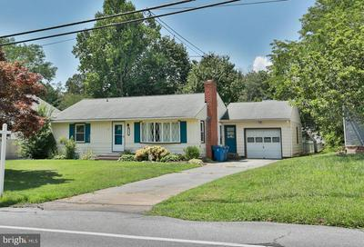 508 POOLE RD, WESTMINSTER, MD 21157 - Photo 1