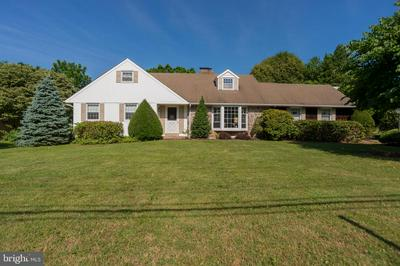 26 VALLEY VIEW DR, FEASTERVILLE TREVOSE, PA 19053 - Photo 1