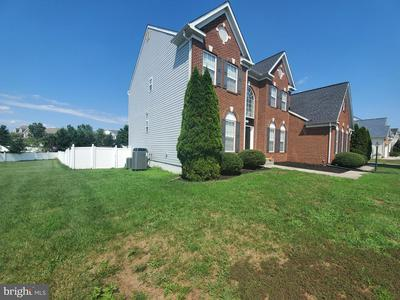 3043 WILDFLOWER DR, LA PLATA, MD 20646 - Photo 2