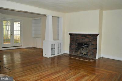 30 E MAIN ST, NEWVILLE, PA 17241 - Photo 2
