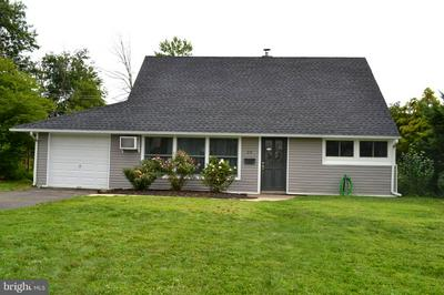 20 TOWPATH RD, LEVITTOWN, PA 19056 - Photo 1
