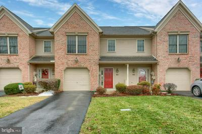 344 STONEHEDGE LN, MECHANICSBURG, PA 17055 - Photo 1