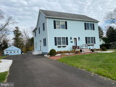 44 S BELL AVE, YARDLEY, PA 19067 - Photo 2
