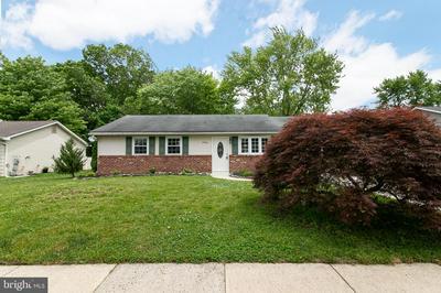 1704 BRIARWOOD DR, BLACKWOOD, NJ 08012 - Photo 1