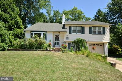 409 PARKVIEW DR, MOUNT HOLLY, NJ 08060 - Photo 1