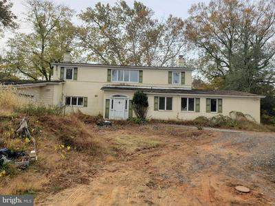13211 QUERY MILL RD, NORTH POTOMAC, MD 20878 - Photo 2