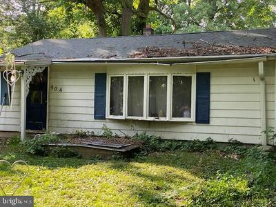 904 CHERRY TREE RD, ASTON, PA 19014 - Photo 2