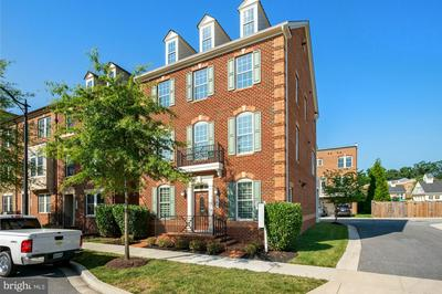 221 PARKVIEW AVE, GAITHERSBURG, MD 20878 - Photo 1