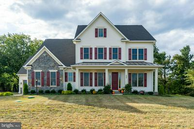252 BARBERRY LN, LAYTONSVILLE, MD 20882 - Photo 2