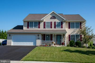 114 EDGEMONT LN, Newmanstown, PA 17073 - Photo 1