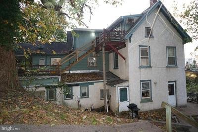 228 CRAWFORD AVE, CONSHOHOCKEN, PA 19428 - Photo 1