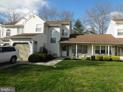 542 ONE MILE RD S, HIGHTSTOWN, NJ 08520 - Photo 2