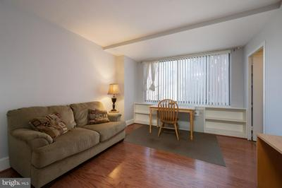 1111 ARLINGTON BLVD APT 310, ARLINGTON, VA 22209 - Photo 1