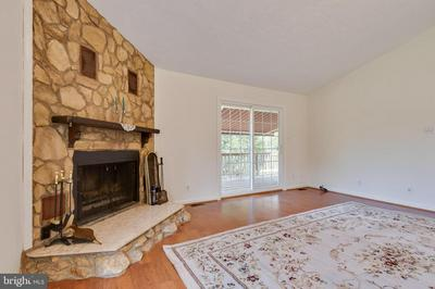 3257 HOLLY SPRINGS RD, AMISSVILLE, VA 20106 - Photo 2