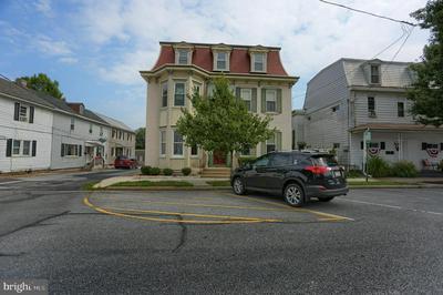 315 MARKET ST, NEW CUMBERLAND, PA 17070 - Photo 1