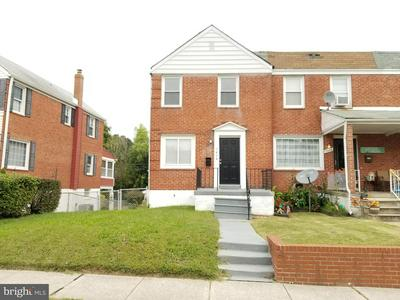 7434 MANCHESTER RD, BALTIMORE, MD 21222 - Photo 1