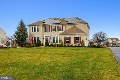 220 BARTLETT DR, MICKLETON, NJ 08056 - Photo 1