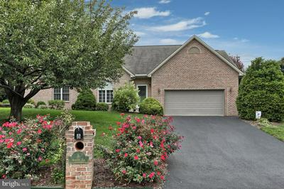 8 WINDSOR WAY, ANNVILLE, PA 17003 - Photo 2