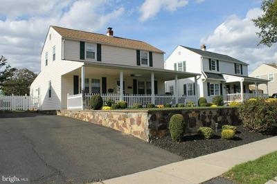 336 FOREST AVE, WILLOW GROVE, PA 19090 - Photo 2