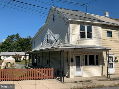 223 PENN ST, TAMAQUA, PA 18252 - Photo 1