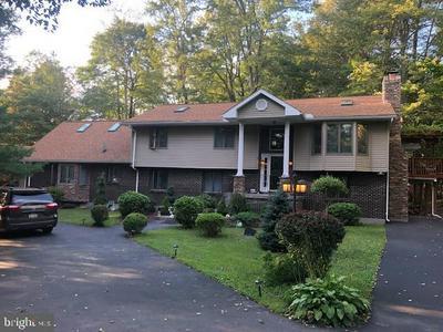 5223 BEECHWOOD RD, BLAKESLEE, PA 18610 - Photo 1