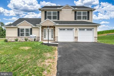 304 NORMANDY LN, DILLSBURG, PA 17019 - Photo 1