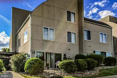 414 BLUE RIDGE CIR, HARRISBURG, PA 17110 - Photo 1