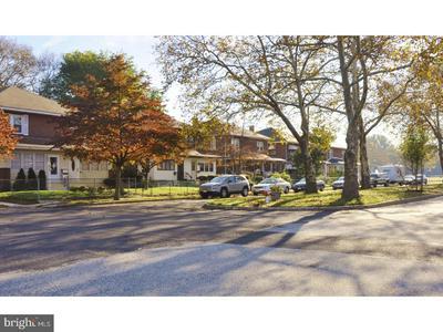 200 WOODLAWN AVE, FLORENCE TWP, NJ 08518 - Photo 2
