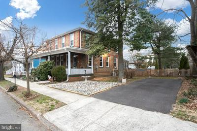 57 E UNION ST, BORDENTOWN, NJ 08505 - Photo 2