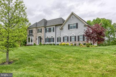 101 PERRY LN, NEWTOWN, PA 18940 - Photo 1