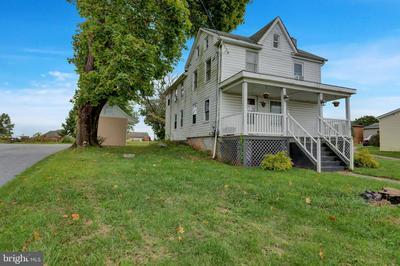 12535 WINTERSTOWN RD, FELTON, PA 17322 - Photo 2