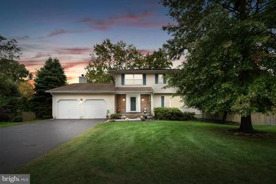 39 GREAT OAK RD, HAMILTON, NJ 08690 - Photo 1