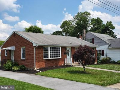121 EVERGREEN ST, Hummelstown, PA 17036 - Photo 2