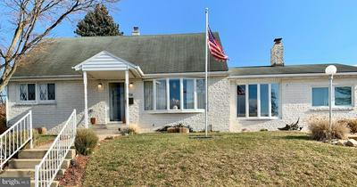 114 DONALD AVE, MIDDLETOWN, PA 17057 - Photo 1