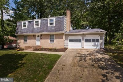 7308 BERKSHIRE DR, CLINTON, MD 20735 - Photo 2
