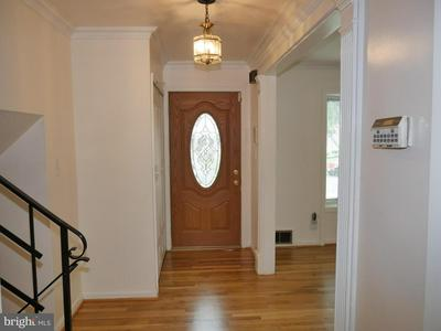 7603 GAYLORD DR, ANNANDALE, VA 22003 - Photo 2