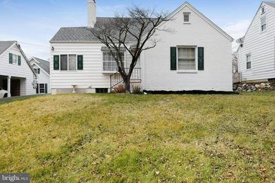 13212 CLUB RD, HAGERSTOWN, MD 21742 - Photo 2