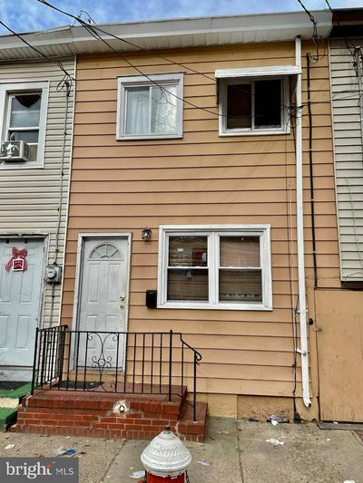 8 WOODLAND ST, TRENTON, NJ 08611 - Photo 1