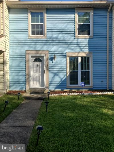 5004 MARLBOROUGH TER, UPPER MARLBORO, MD 20772 - Photo 1