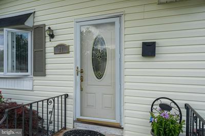 31 MARQUIS RD, TRENTON, NJ 08638 - Photo 2