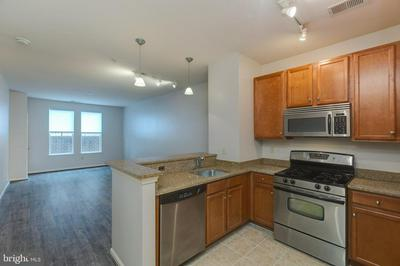 2655 PROSPERITY AVE APT 128, FAIRFAX, VA 22031 - Photo 2