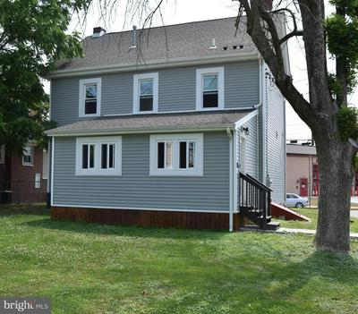 205 UNION ST, HATFIELD, PA 19440 - Photo 2