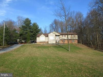 253 CANAAN GROVE RD, NEWMANSTOWN, PA 17073 - Photo 1