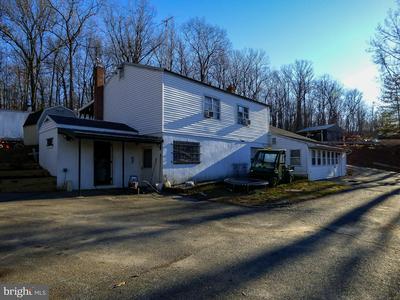 840 TAYLOR RD, WINDSOR, PA 17366 - Photo 2